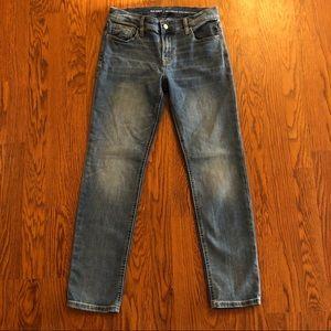 Old Navy Boyfriend Straight Leg Jeans Size 2
